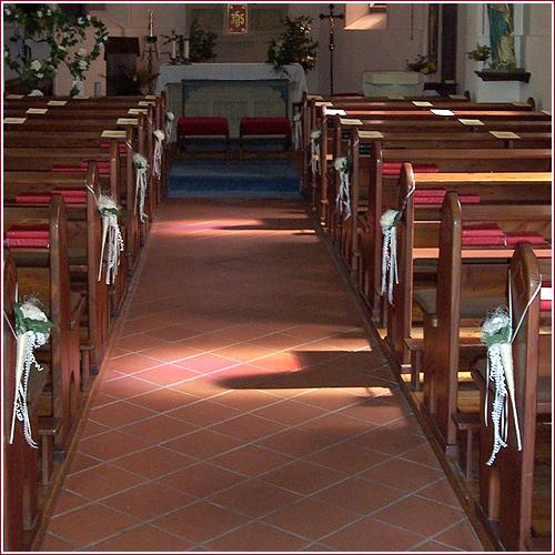Pin Deko Kirche Blumenschmuck Altar Hochzeitsdeko Blumen Tattoo On